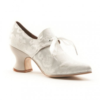 """Pompadour"" French Court Shoes (Ivory)(Pre-Order)"