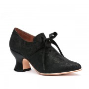 """Pompadour"" French Court Shoes (Black)"